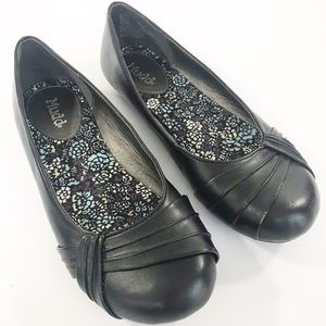 Mudd Women's Casual Slip-on Flats Size 6